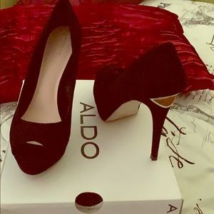Aldo Aoisa Black Toe Out Size 9